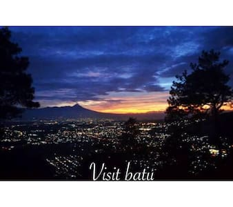 D'Villa Keluarga - Batu Malang - Willa