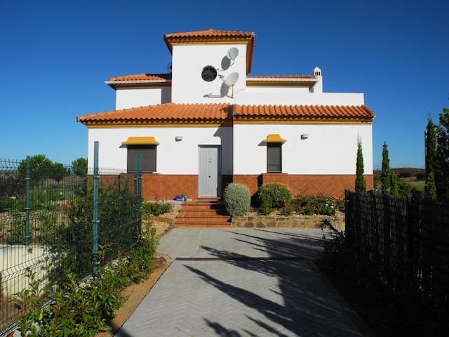 View Green golf house with beautiful view - Ayamonte - Casa