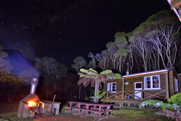 Whitestar Station, Bush Lodge Dutchman2