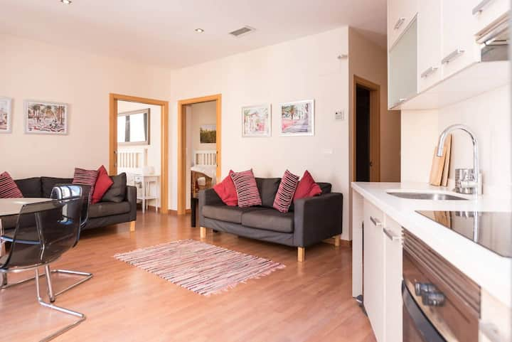Modern 2 Bed Apartment in Historic Centre