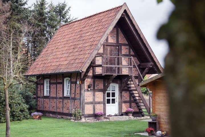 Charmanter Fachwerk-Treppenspeicher - Kirchlinteln - Rumah