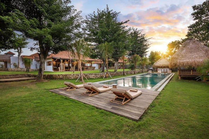 Villa Dedaren Bingin - 4 Bedrooms - Bali  - House