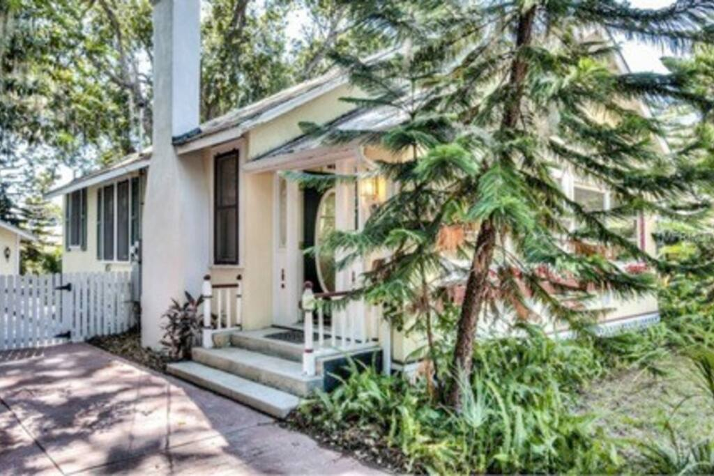 Charming In Town Bungalow Houses For Rent In Mount Dora