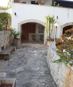 appartamento in villa a 700 mt dal mare - Appartamento