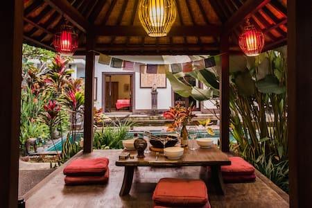 Relaxing zen getaway w garden, pool