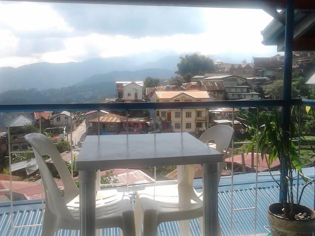 Apt7 3BR 3rd flr overlooking Mt. - Baguio City - Apartamento