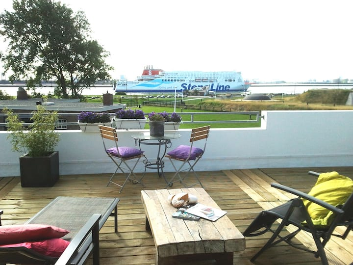 Luxe appartement nabij zee, strand en duinen
