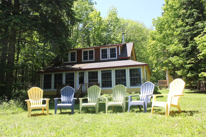 True Muskoka Cottage - Lake of Bays - Baysville - Casa