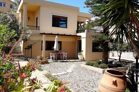 Apartment until 4 person - Daratsos