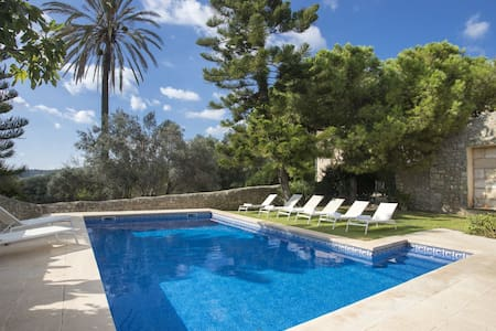 Large 18-century stylish manor house at the foot of the Tramuntana mountains