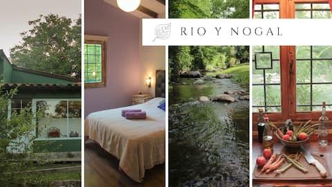 Rio y Nogal, casa FRENTE al RIO, paz y naturaleza.