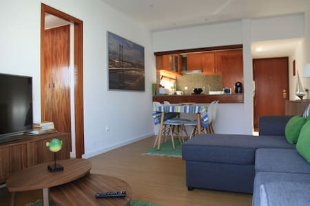 Apartment by the beach - Parede - อพาร์ทเมนท์