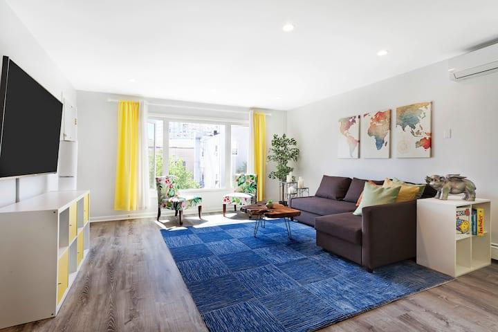 Stunning 3 Bedroom Apt, 20 min to Midtown NYC