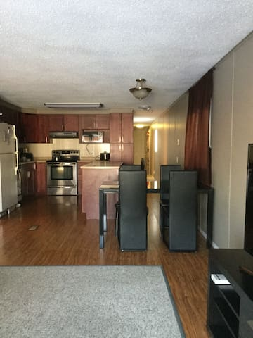 2 bedroom mobile gem - No extra fees