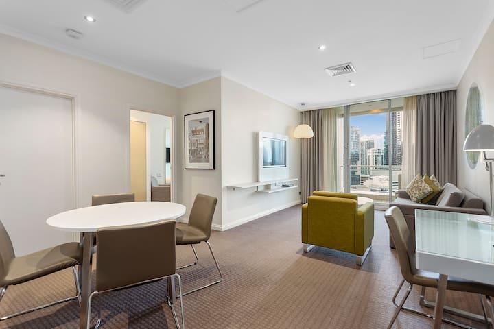 1 Bedroom Suite Riverview in Melbourne CBD