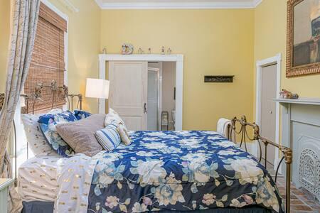 Kona Sunset Room 4 room suite , pool