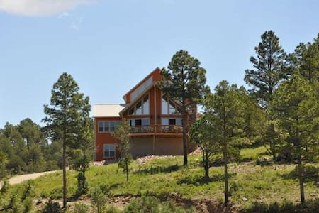 Spectacular Mtn Views Luxury Chalet Retreat - Alto