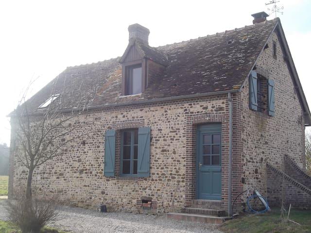 Maison de campagne près du PERCHE - Soligny-la-Trappe - บ้าน