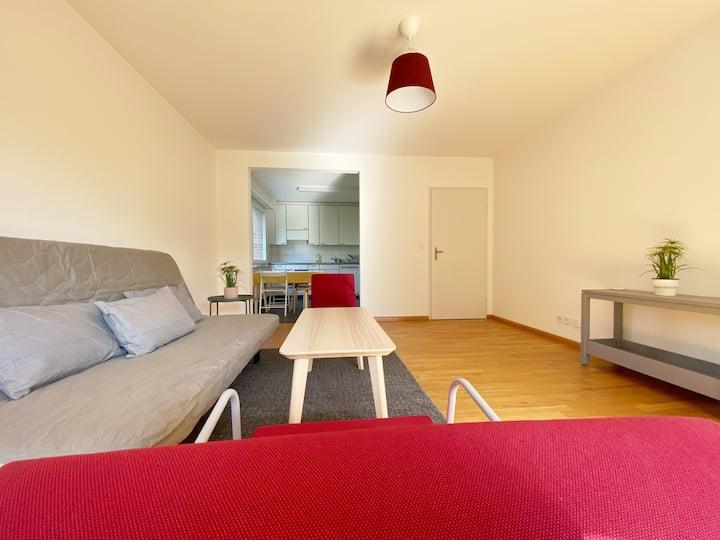 Bright apartment near park, 2 bedrooms, 5th floor