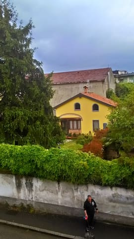 chalet con giardino vicinissimo al fiume - Cassano d'Adda - Ev