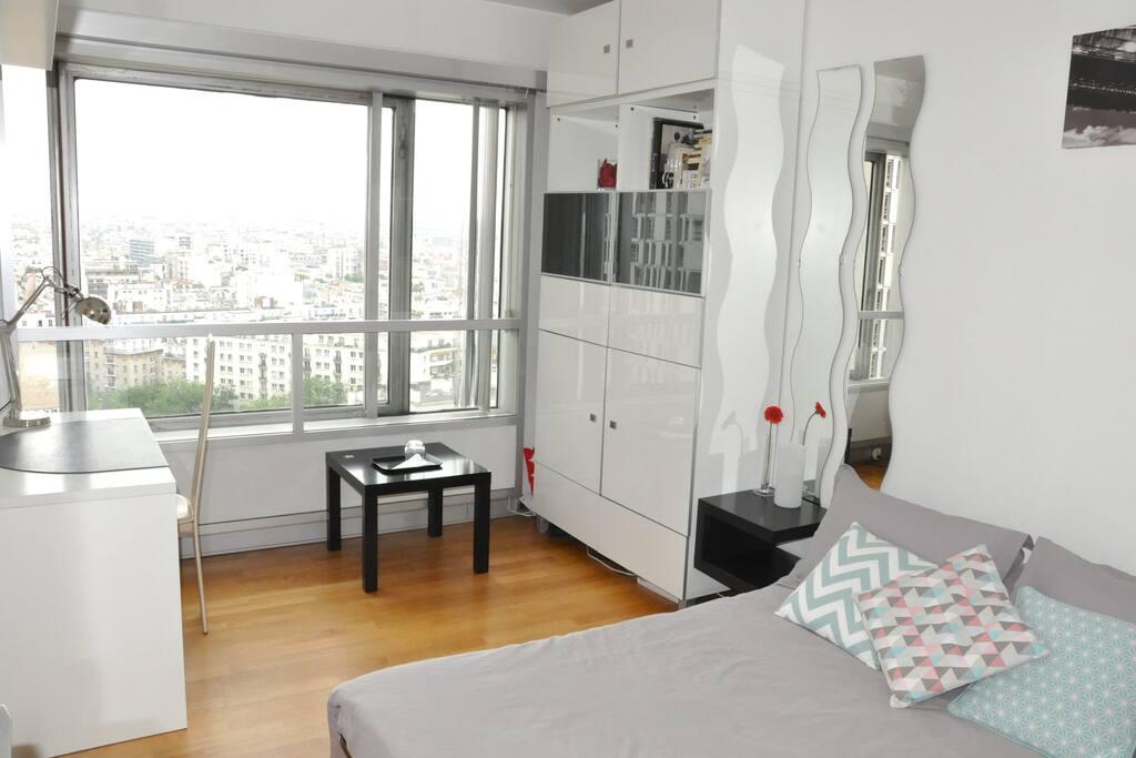 Chambre paris near cordon bleu nice room apartments - Appartement de standing horloge tower ...