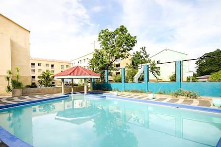No Frills 1 Bedroom Apartment Near to Beaches