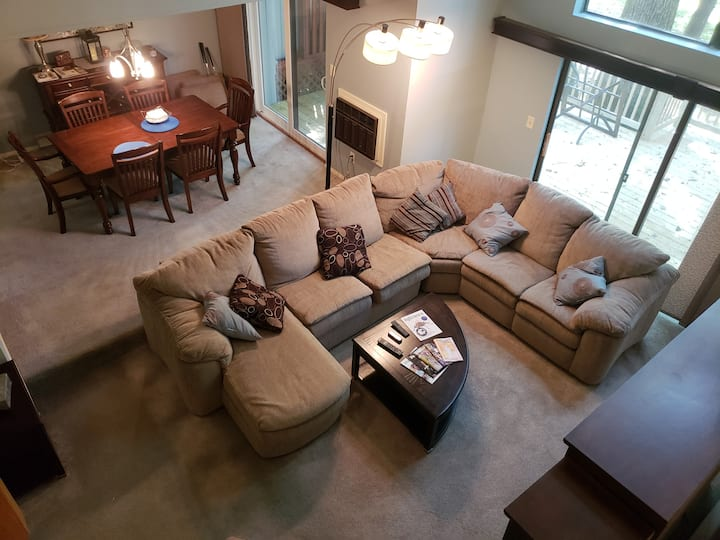 Lion's Den - Whole condominium in Toftrees