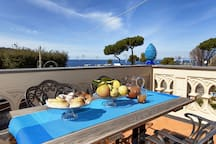 Apartment Gilda's House 1 with Private Terraces, Sea View, Air Conditioning, Near the Beach