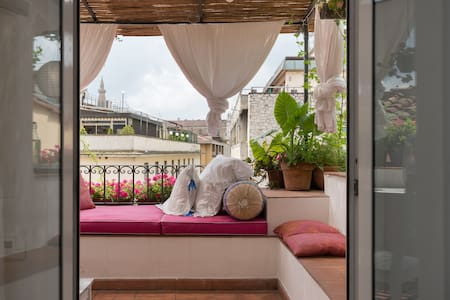 Terrazza Fiorita In S Croce Apartments For Rent In Florence