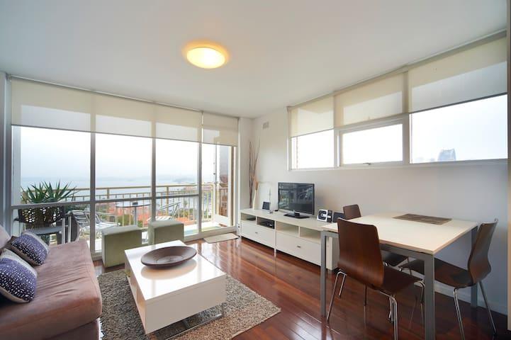 Magnificent Views 1 bedroom unit