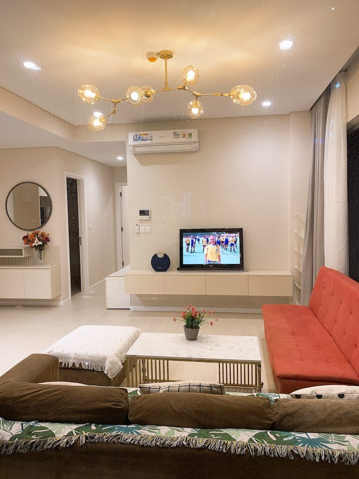 BRAND NEW STYLIST 2 BEDROOMS APARTMENT FOR RENT