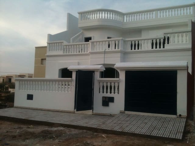 appartement de 3 pcs - SOUIRA KDIMA - Huoneisto