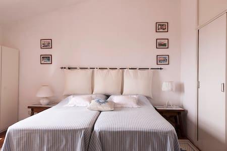 Ginestre - Delizioso appartamento romantico