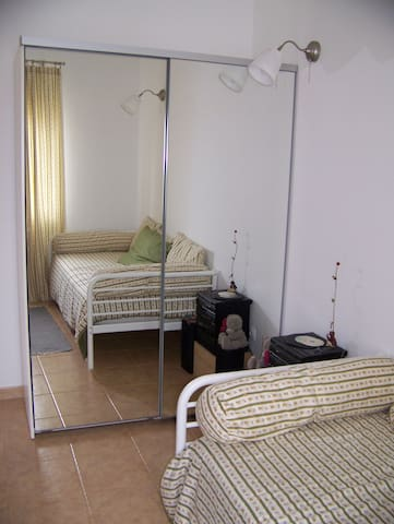 Country room, with free parking - Ponte do Rol - Flat