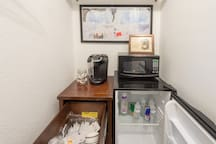 We provide bottled water and basic dining necessities (paper plates, etc.) to make your stay comfortable.