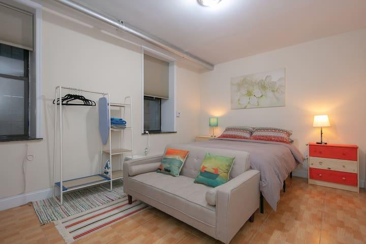 Spacious Bedroom in Washington Heights, Manhattan