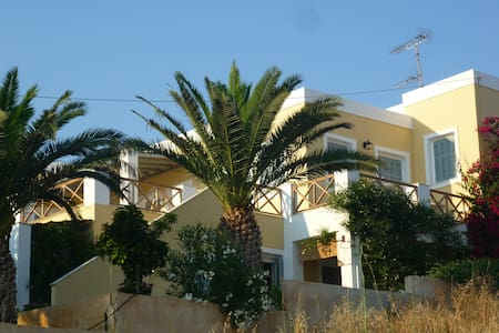 Cozy Flat Near the Beach - Seaview - Finikas - Lejlighed