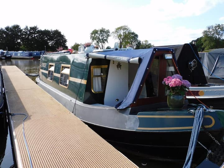 Breeze by Floating Cottages