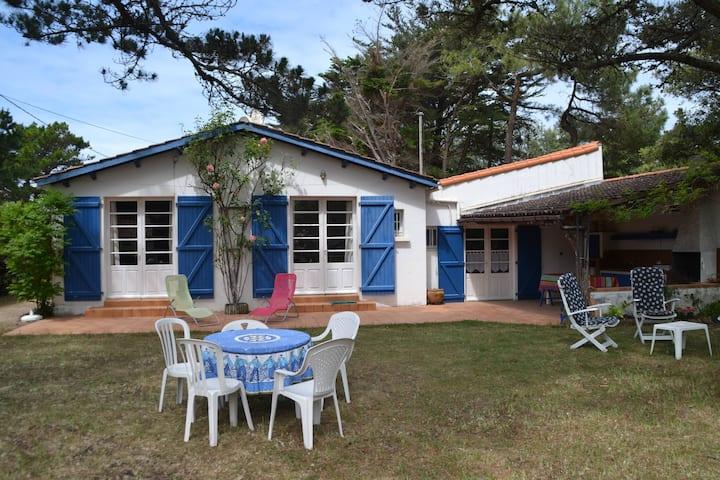 Grande villa  vendéenne à proximité de la mer
