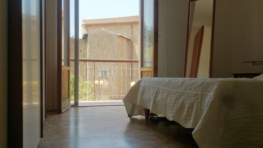 Wall and Garden beeinb Amica - Figline Valdarno - Apartmen