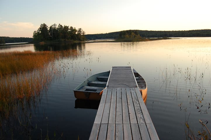 Living the dream on the lake... - Gouldsboro - House