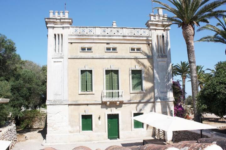 Villa Sa Cudia Cremada. Palacete en Mahón.