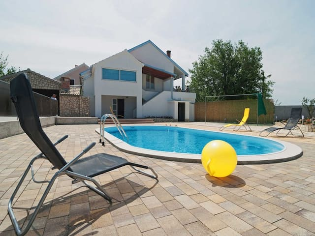 Holiday house / 4 bedrooms/ private swimming pool - Polača - Dom