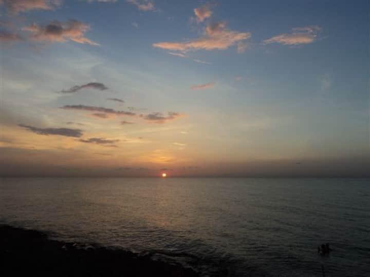 HAVANA OCEAN BEACH  HOUSE