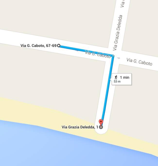 reale distanza a piedi dalla spiaggia: 50 mt