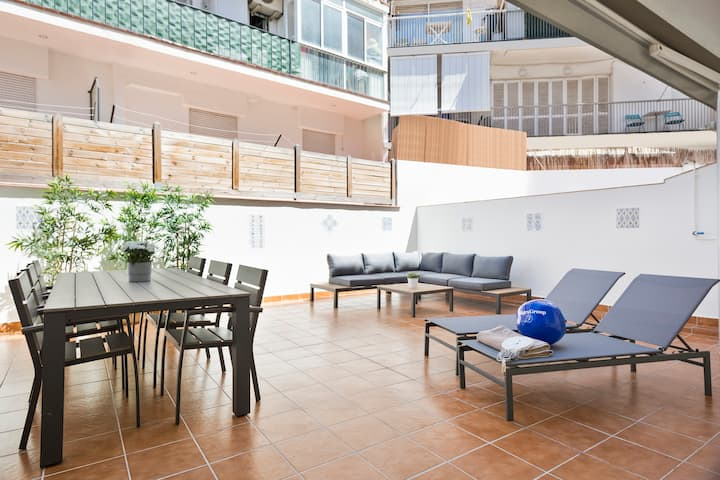 3 bedrooms apartment with patio