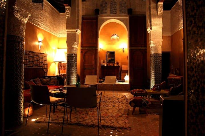 Charmant riad au coeur de la médina - Fes - House