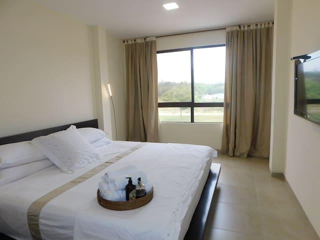 Guayaquil Luxury y comfort with ground floor room