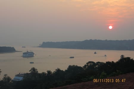 Beautiful & Serene Villa in North Goa @ Alto Betim - Penha de França