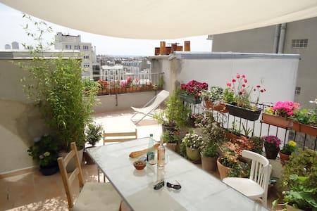 Terrasse + 100m2 à Ménilmontant